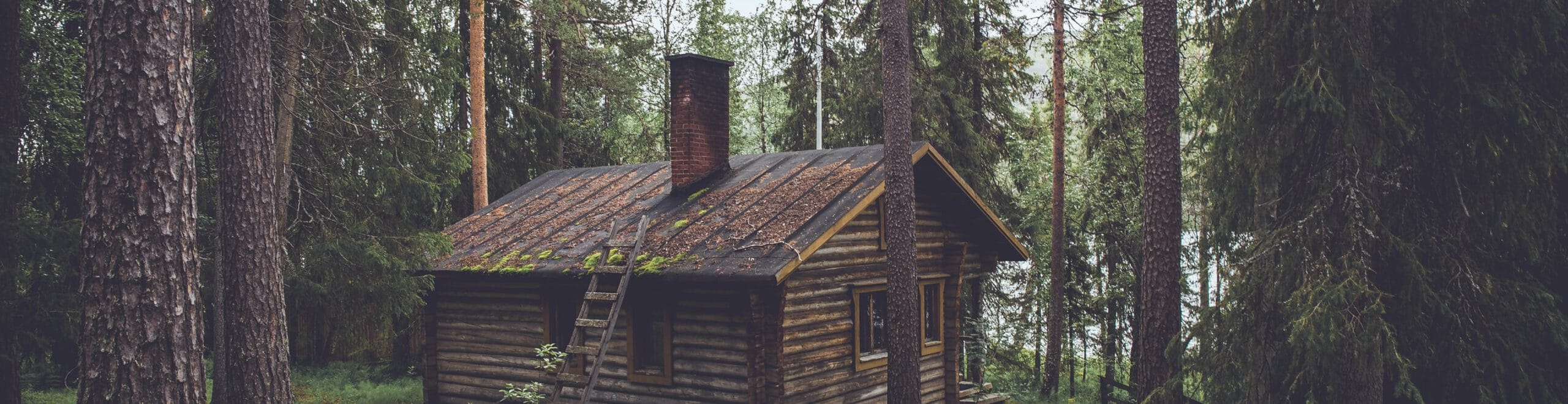 Russian poustinia, a sparsely furnished cabin